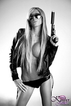 Kimber James with gun pictures